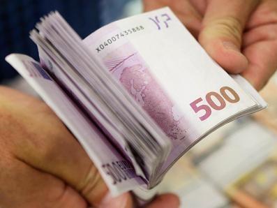 Euro lên cao nhất 2 tuần rưỡi so với USD