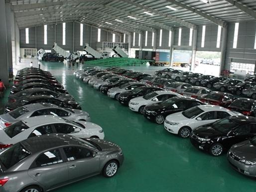 Giấc mơ ô tô giá rẻ còn xa