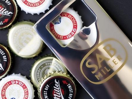 Hai hãng bia lớn nhất thế giới đạt thỏa thuận sáp nhập
