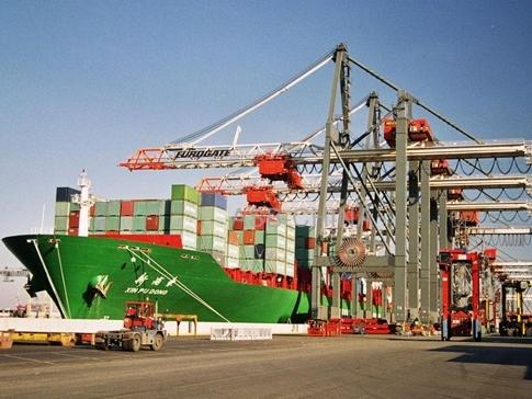 Việt Nam nhập siêu 4,03 tỷ USD sau 9 tháng