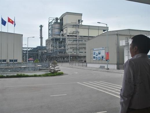 """Nhà máy 7.000 tỉ đồng ... """"đắp chiếu"""""""