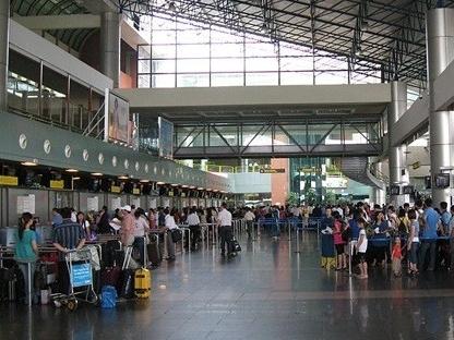 Sân bay Tân Sơn Nhất lọt Top 10 sân bay tệ nhất thế giới
