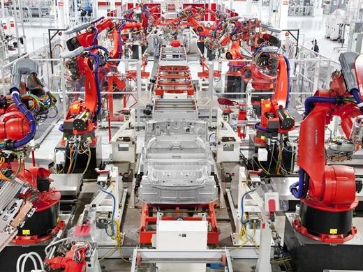 10 bức ảnh bên trong nhà máy Tesla tại Châu Âu