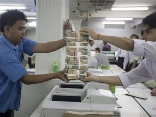 USD chợ đen lại bùng nổ tại Myanmar