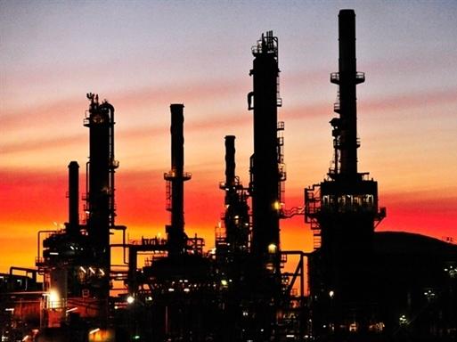 Giá dầu thoát đáy 3 tuần