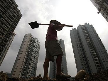 Chuyên gia kinh tế hàng đầu Trung Quốc kêu gọi cải cách thể chế