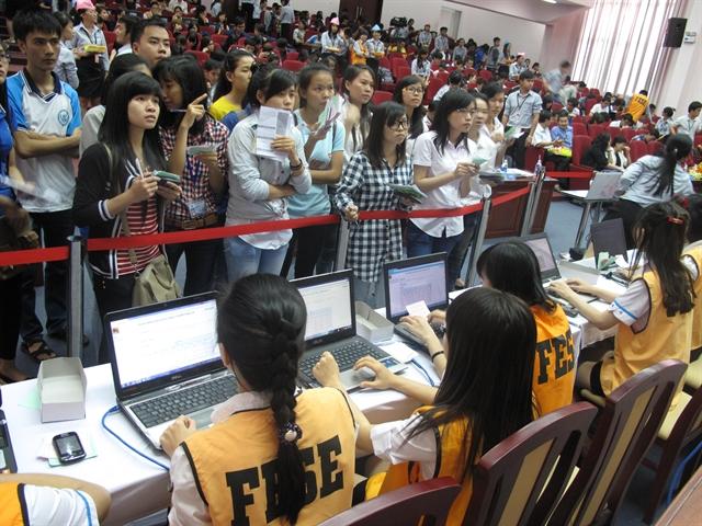 FESE Group tổ chức sàn giao dịch chứng khoán ảo