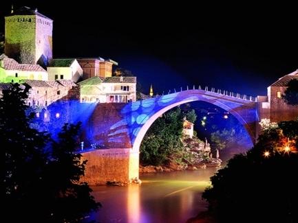 Hà Nội và TPHCM nằm trong top 3 địa điểm du lịch có giá cả tốt nhất thế giới