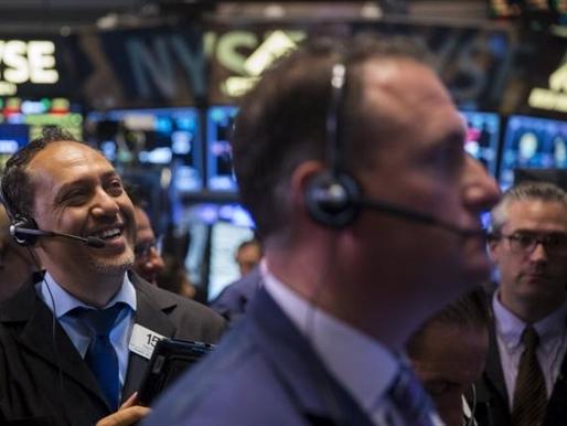 Phố Wall tăng điểm khi Fed để ngỏ khả năng tăng lãi suất