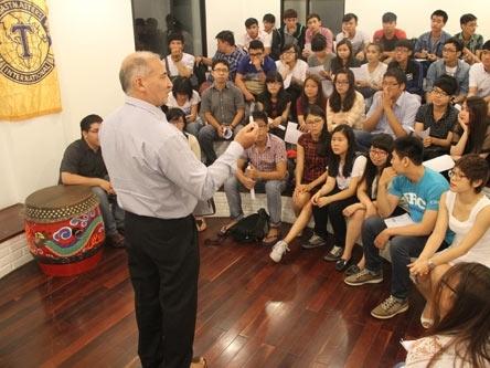 5 điểm khác biệt giữa giới trẻ Việt Nam và Singapore