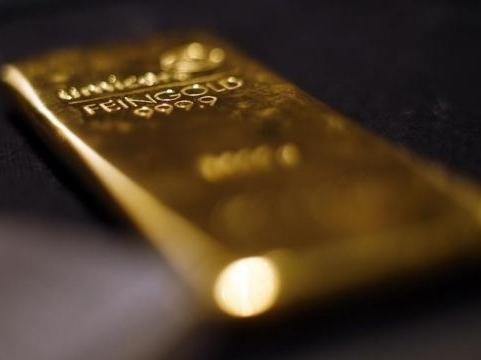 Giá vàng sẽ lại thử thách mốc thấp nhất năm 2010