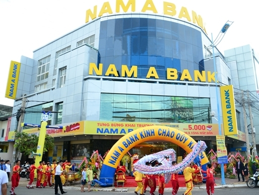 """NamABank """"chăm chỉ"""" mở thêm chi nhánh"""