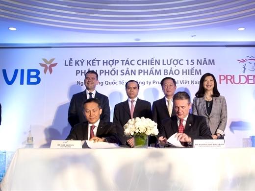 Prudential Việt Nam và VIB công bố hợp tác chiến lược trong 15 năm