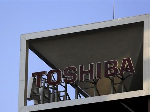 Toshiba đối mặt với khủng hoảng sau bê bối gian lận kế toán