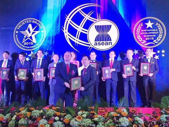 VietBank liên tiếp nhận hai giải thưởng uy tín