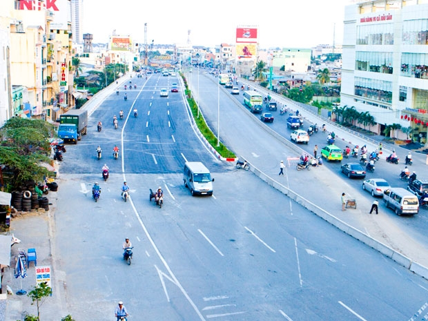 TPHCM kiến nghị Thủ tướng cho Vingroup thực hiện hai dự án hạ tầng giao thông