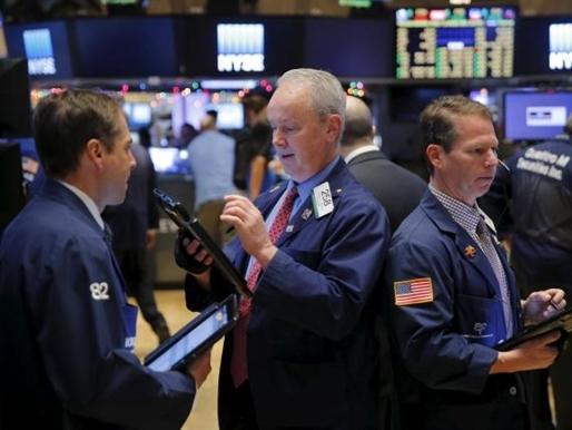 Cổ phiếu Apple và Amazon giúp Phố Wall tăng điểm