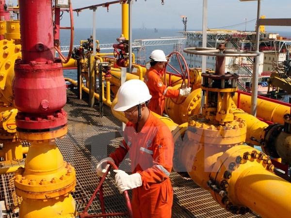 Lãnh đạo PVN: Giá dầu giảm 1 USD, doanh thu giảm 5,4 nghìn tỷ đồng