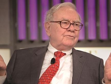 """""""Phù thủy"""" Warren Buffett đang toan tính gì trong cú đầu tư vào IBM?"""