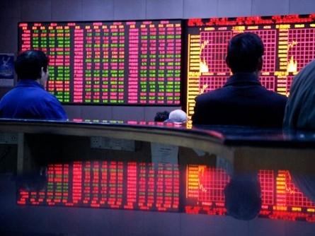 7 phút hoảng loạn và bán tháo của chứng khoán Trung Quốc