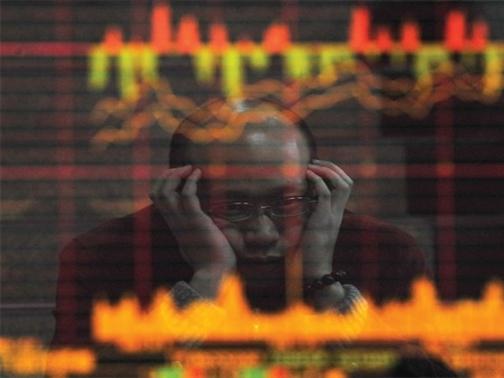 Nguyên nhân nào khiến chứng khoán Trung Quốc tiếp tục lao dốc 7%?