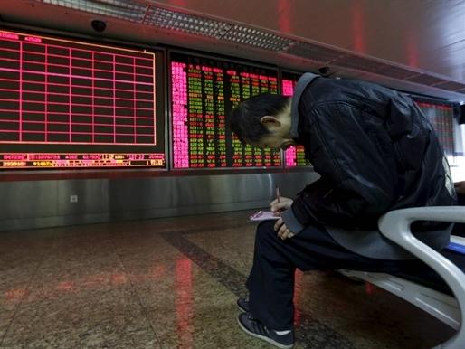 Chứng khoán Trung Quốc xuống thấp hơn mức đáy năm 2015