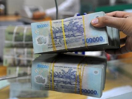 Lãi suất tiền gửi ngân hàng đua nhau tăng