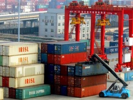 Trung Quốc hưởng lợi 460 tỷ USD nhờ giá hàng hóa lao dốc