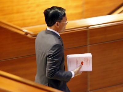 Đại hội đồng ý cho Thủ tướng xin rút khỏi danh sách đề cử