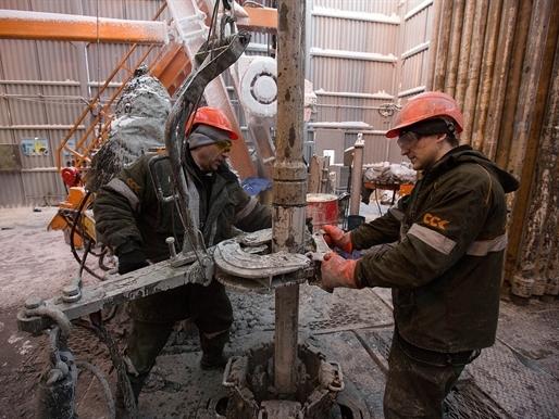 Giá dầu rẻ đang tàn phá kinh tế Nga như thế nào?