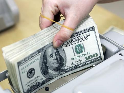 USD giảm giá so với đồng tiền các nước sản xuất hàng hóa