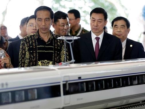 Indonesia ngưng dự án đường sắt cao tốc của Trung Quốc