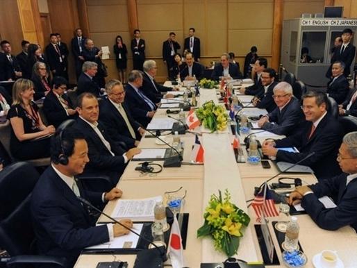 Chuyện sau bàn đàm phán TPP
