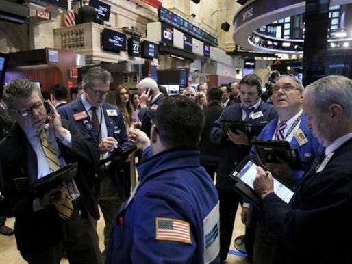 Phố Wall tăng điểm phiên thứ 2 nhờ cổ phiếu tiêu dùng, công nghiệp
