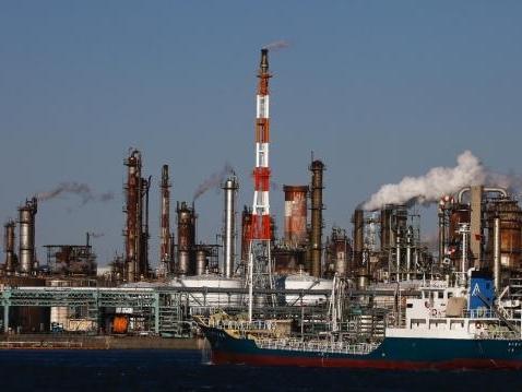 Giá dầu quay đầu giảm khi thỏa thuận Arab Saudi-Nga gây thất vọng