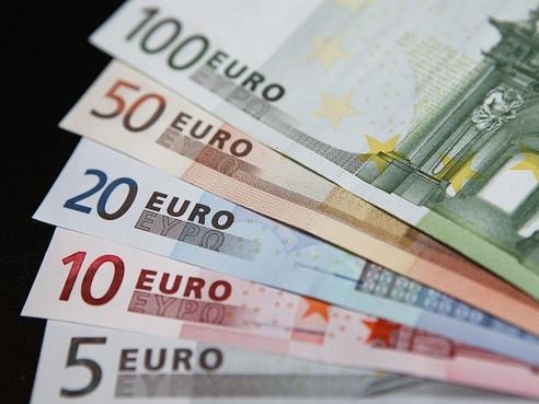 Euro lên cao nhất 3 tuần sau tuyên bố của Chủ tịch ECB
