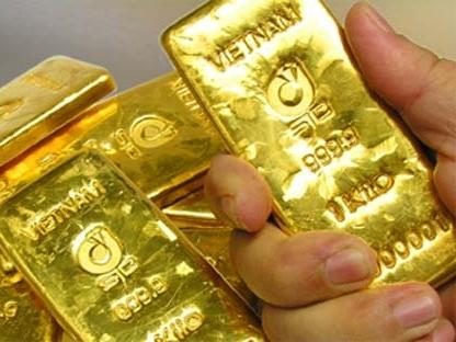 Vàng trong nước thấp hơn thế giới 260.000 đồng/lượng