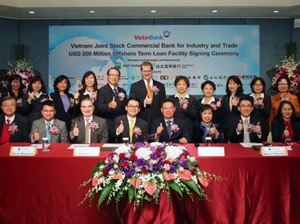 VietinBank vay 200 triệu USD từ 18 ngân hàng ngoại