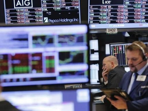 Phố Wall mất điểm vì cổ phiếu y tế và nguyên liệu