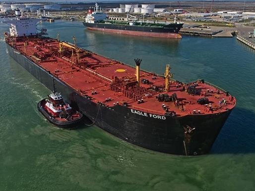 Mỹ xuất khẩu dầu thô đi khắp nơi, định hình lại bản đồ năng lượng