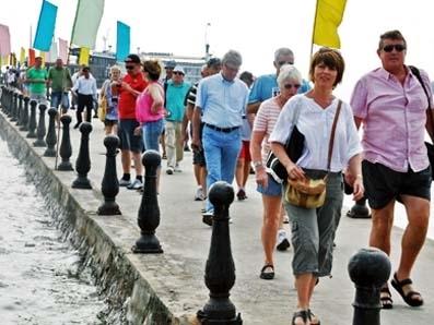 Khách quốc tế đến Việt Nam tăng 20%