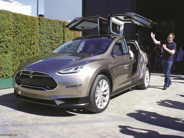 Giấc mơ xe điện đại chúng của Tesla