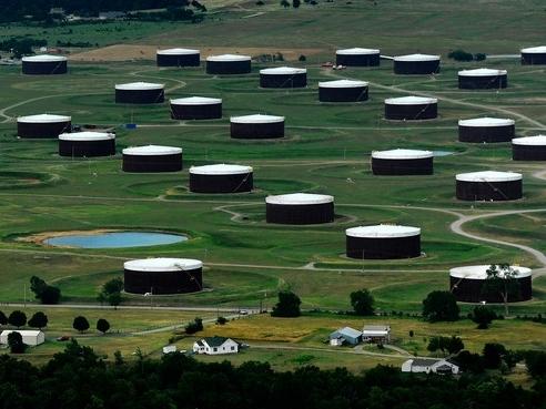 Giá dầu Mỹ chấm dứt mạch giảm 5 phiên liên tiếp