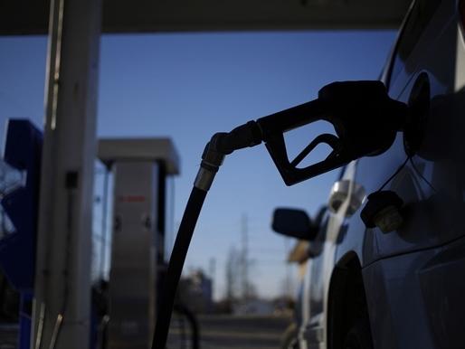 Giá dầu đảo chiều giảm do hoài nghi về thỏa thuận đóng băng sản lượng