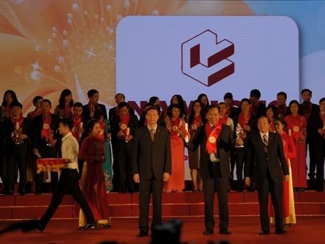 Nam Long nhận giải