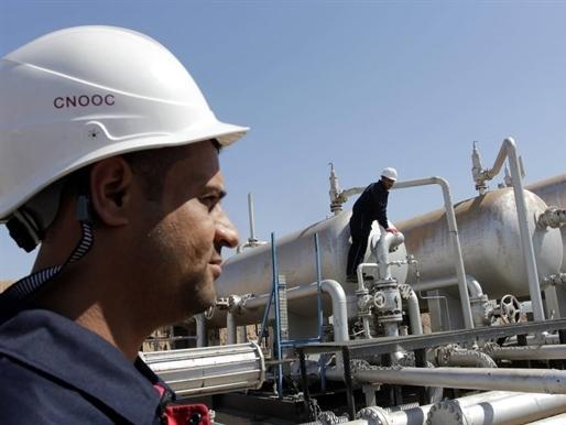 Giá dầu quay đầu giảm do hoài nghi về khả năng cắt giảm sản lượng