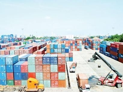 """Sức cạnh tranh yếu đang khiến cho hàng hóa của Việt Nam """"đuối sức"""""""