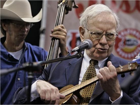 Tỷ phú Warren Buffett làm gì sau khi kết thúc công việc?