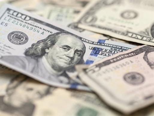 USD hồi phục khi giá dầu giảm, chờ báo cáo việc làm