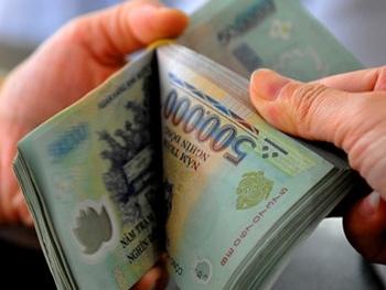 Tăng lương cho cán bộ, công chức và những nỗi lo…